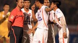 Bầu Thụy đề nghị tạm dừng V.League
