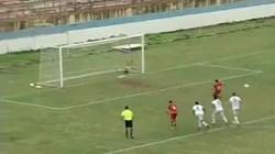 Clip: Pha sút penalty tệ nhất lịch sử bóng đá Brazil