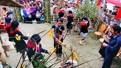 Hội làng trong hội nước