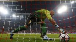 """Trọng tài bắt trận Bayern-Barca sẽ """"ốm đòn"""" nếu ở… V.League"""