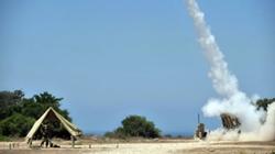 """Mỹ, Nga cùng """"liếc mắt"""" tên lửa Mars của Israel"""