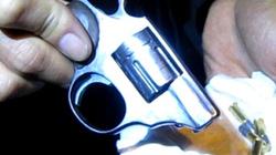 """CSCĐ """"tóm"""" nhóm đối tượng mang súng colt đi đòi nợ"""