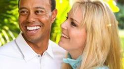 """Khát thèm chuyện gối chăn, Tiger Woods rủ bạn gái """"sống thử"""""""