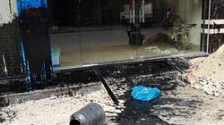 """Hải Phòng: Bàng hoàng bị té """"phân"""" đầy nhà"""