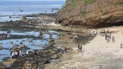 Du khách dồn dập ra đảo Lý Sơn trong dịp nghỉ lễ 30.4