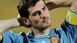 "Mourinho rời Real, Casillas ""mở cờ trong bụng"""