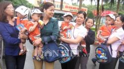 """Giải cứu 10 bé trai """"đẹp như thiên thần"""" bị bán sang Trung Quốc"""
