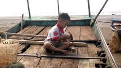 Bãi thuyền lưới Hải Thịnh: Sôi động những ngày hè