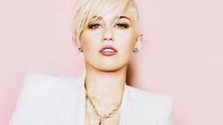 """Miley Cyrus là người đẹp """"hot"""" nhất năm 2013"""