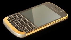 Ngắm BlackBerry Q10 bọc vàng