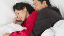 Ngủ cùng bạn gái nhưng không làm 'chuyện ấy'