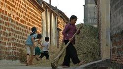 'Phải lên Bộ để xin xây… nhà tắm' và nỗi khổ của dân Đường Lâm