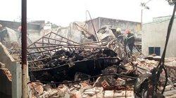Cửa hàng của trung tá công an phát nổ như bom