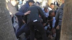 Nổ súng náo loạn Cannes, 2 tài tử tìm nơi trốn