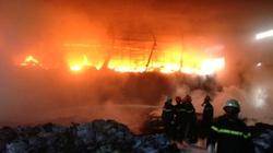 Cháy dữ dội tại KCN Sóng Thần, công nhân náo loạn