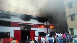 Cận cảnh vụ cháy lớn trong khu công nghiệp Sóng Thần