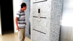 Vụ thang máy rơi tự do: Quản lý tòa nhà xin lỗi người dân