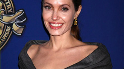 Sau cắt ngực, Angelina Jolie lọt Top 100 phụ nữ quyền lực