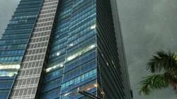 CLIP ĐỘC QUYỀN: Lồng sắt lắc trong cơn cuồng phong nơi tầng cao Keangnam