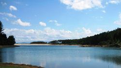 Phát hiện xác thiếu nữ nổi trên hồ Thiên Tượng