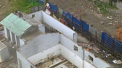 Công trình vi phạm ở Cầu Giấy vẫn chưa hoàn tất tháo dỡ