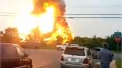 Tàu hỏa chở hóa chất bị trật bánh, phát nổ