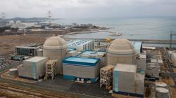 Hàn Quốc đóng cửa hai lò phản ứng hạt nhân