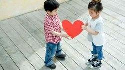Khi trẻ tiểu học công khai 'tình yêu'