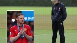 Quen thói chi ly, Arsenal rút lui khỏi thương vụ Rooney