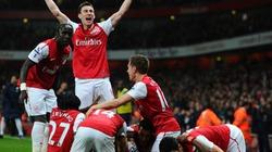 Arsenal vô địch về... chơi đẹp
