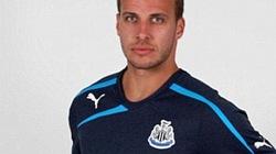 """Không chịu... mặc áo mới, Cisse tự """"cắt đứt"""" với Newcastle"""