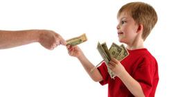 """Mở... tài khoản """"ngân hàng"""" cho con để dạy dỗ"""