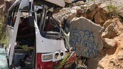 Vụ xe chở giáo viên lao vào vách núi: Có thể tài xế phanh sai kỹ thuật