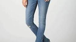 Bị giết vì... mặc quần jeans