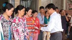 Chia sẻ khó khăn với người dân gặp hỏa hoạn tại An Giang