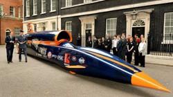 Thủ tướng Anh đi thử xe siêu thanh