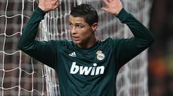"""Ronaldo và M.U """"đi đêm""""?"""