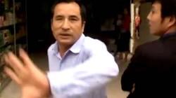 Cảnh Trưởng thôn hùng hổ đe dọa phóng viên truyền hình