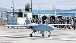"""""""Ghen"""" với Triều Tiên, Hàn Quốc giới thiệu ngay 2 UAV"""
