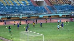 Hai cầu thủ dính nghi án bán độ Danh Ngọc, Văn Thắng trở lại tập luyện
