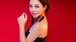 Jennifer Phạm tinh tế khoe đường cong chữ S đầy ngọt ngào