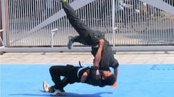 Cảnh sát cơ động Đà Nẵng phô diễn tuyệt kỹ võ công