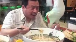 """Phở Việt lại """"sốt"""" tại Mỹ với giá hơn triệu đồng/bát"""