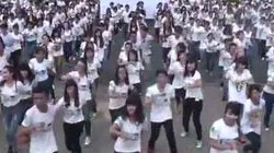 Hàng nghìn bạn trẻ hào hứng với Ngày Trái đất