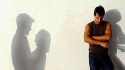 Đã 15 năm vợ ngoại tình, tôi có nên tiếp tục chịu đựng?
