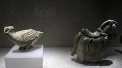 Trưng bày triển lãm tượng gốm cổ