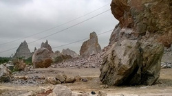 Thanh Hóa: Sập mỏ đá, 2 người bị đè chết