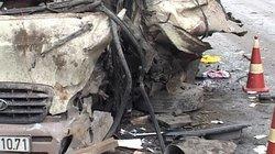 Hiện trường vụ container nghiến nát đầu xe khách, 3 người tử nạn tại chỗ
