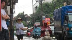 Đi qua cột điện trong đêm mưa lớn, 3 thanh niên bị điện giật, 1 người tử vong