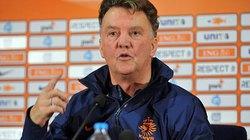 """Nhận """"lương khủng"""", Van Gaal đồng ý dẫn dắt M.U"""